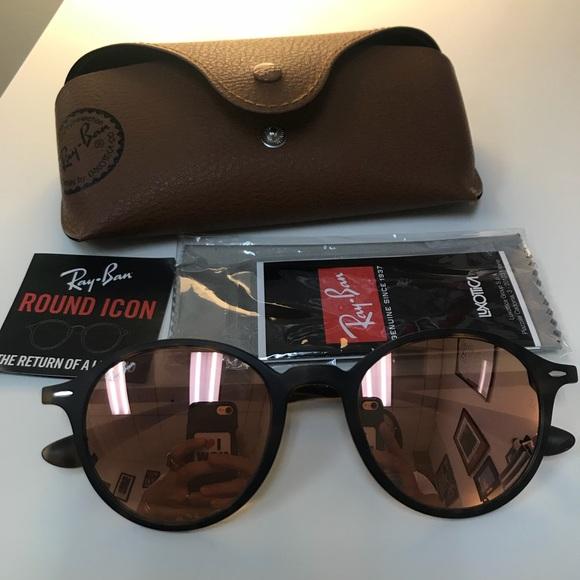 52d91426d3 Ray-Ban 4237 Round Lite Force sunglasses. M 5b46348fc617773ed97467e5